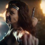 justiceleague-trailerbreakdown-wonderwoman-pullingback[1]